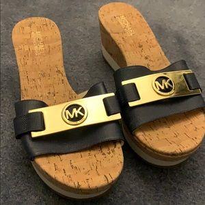 Michael Kors women's shoes clogs beautiful!